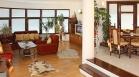 дава под наем, Тристаен апартамент, 140 m2 Пловдив, Кършияка, 900 EUR